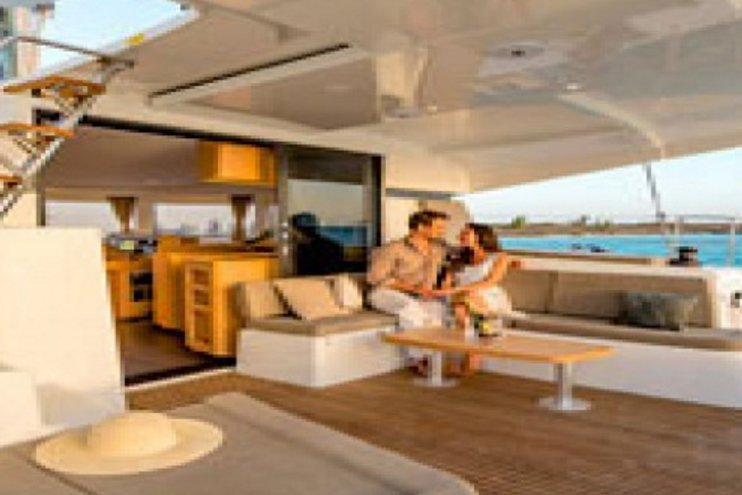 Discover Annapolis surroundings on this Lagoon 42 Lagoon boat