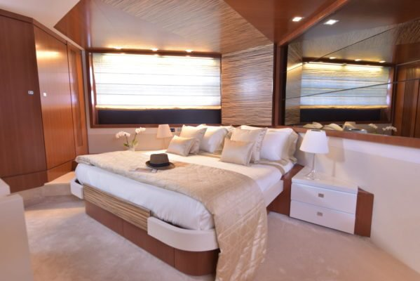 Motor yacht boat for rent in Golfe Juan