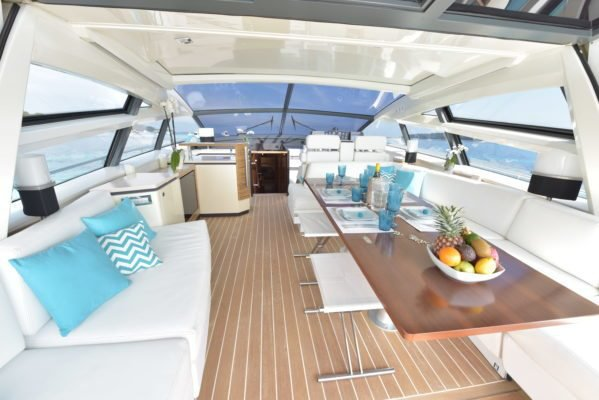 Motor yacht boat rental in Golfe Juan, France