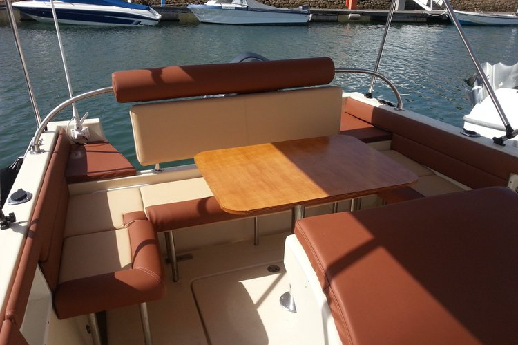 Boat for rent Marlin 22.0 feet in Doca do Bom Sucesso,