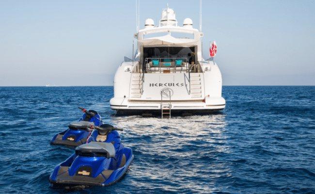 Mega yacht boat rental in Saint Tropez, France