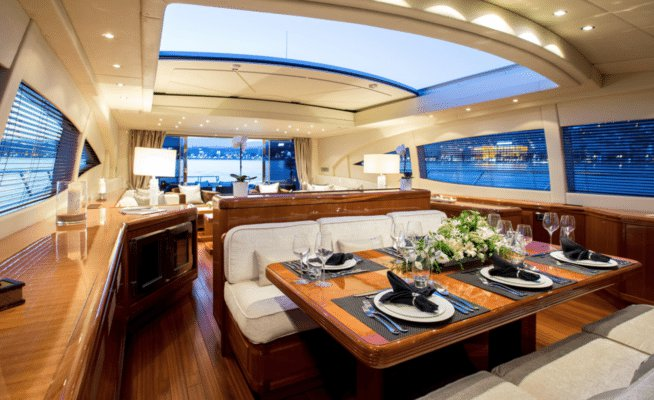 Mega yacht boat for rent in Saint Tropez