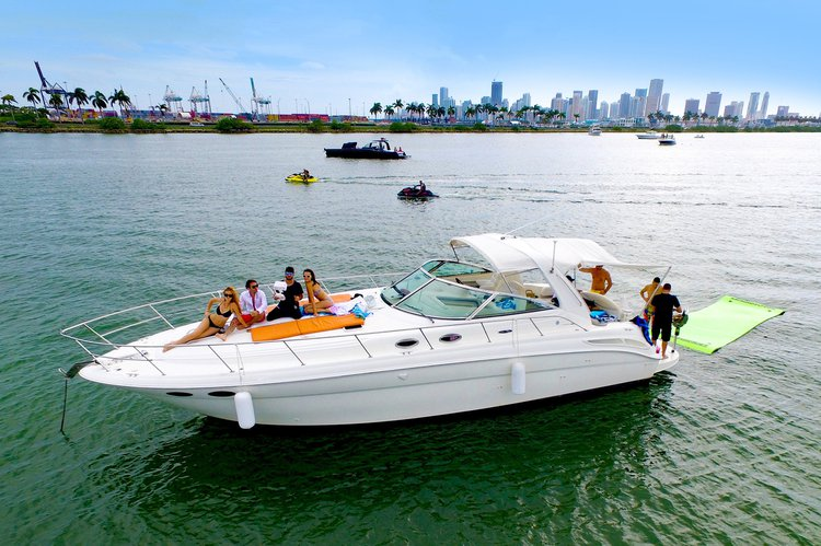 Luxury and Affordable - 42' Sea Ray Cabin Cruiser