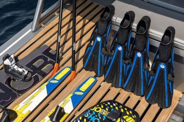 Mega yacht boat rental in Cannes,