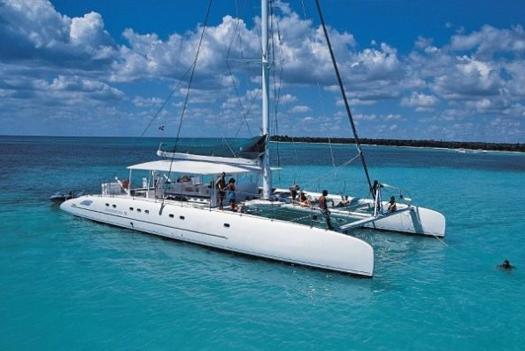 Discover the beautiful French Riviera on this Fountaine Pajot Catamaran