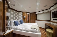 thumbnail-35 Sunseeker 377.3 feet, boat for rent in Fort Lauderdale, FL