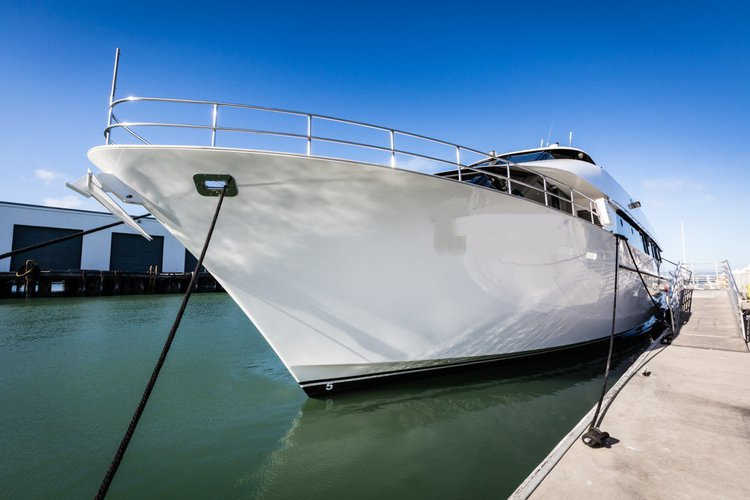 Cruise California onbaord this luxurious and elegant yacht