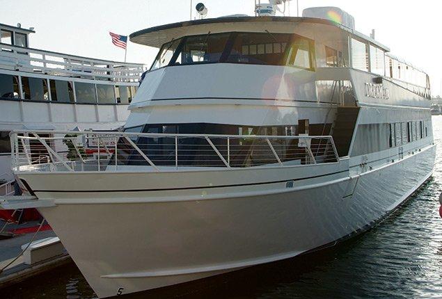 Long Beach Custom Motor 105 0 Boat Rental 7698 Sailo