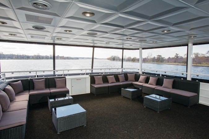 Motor yacht boat rental in Washington, DC
