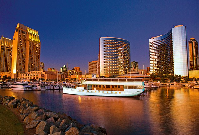 This 112.0' Custom cand take up to 150 passengers around San Diego