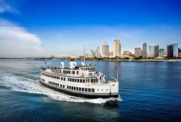 This 151.0' Custom cand take up to 700 passengers around San Diego