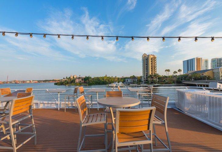 Boat rental in Tampa, FL