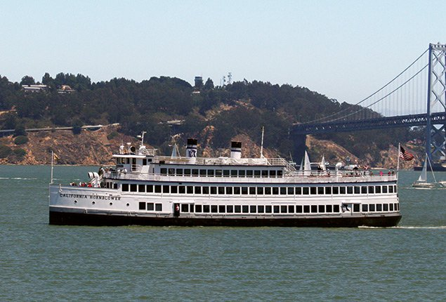Explore California on Luxurious & Spacious Motor Yacht