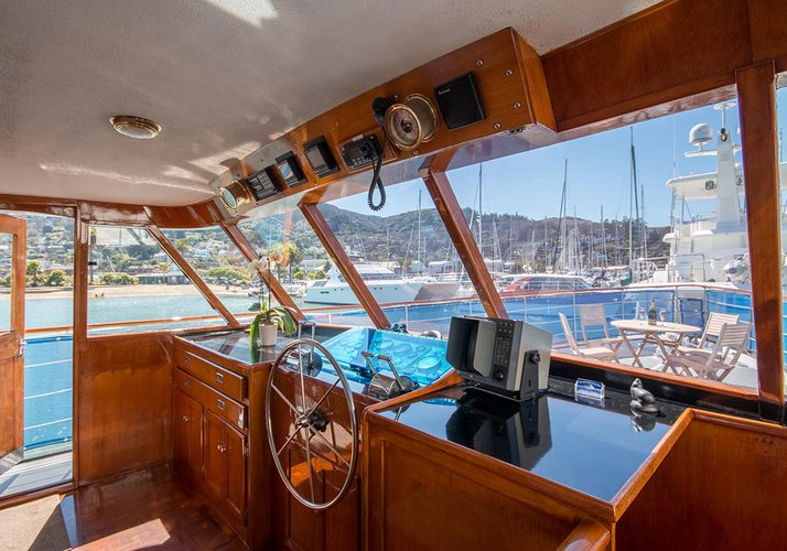Boating is fun with a Motor yacht in Sausalito