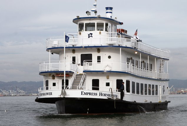 Explore San Francisco on splendid yacht