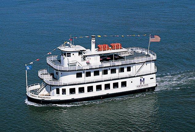 Rent a custom custom 84 39 motorboat in sf ca on sailo for Motor boat rental san francisco