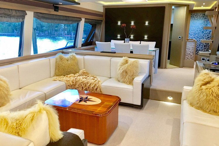 Flybridge boat rental in Island Garden Marina,