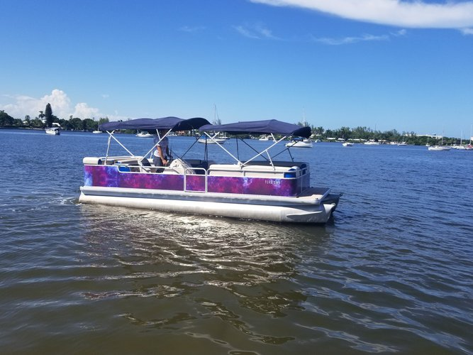 Boating is fun with a Pontoon in North Miami