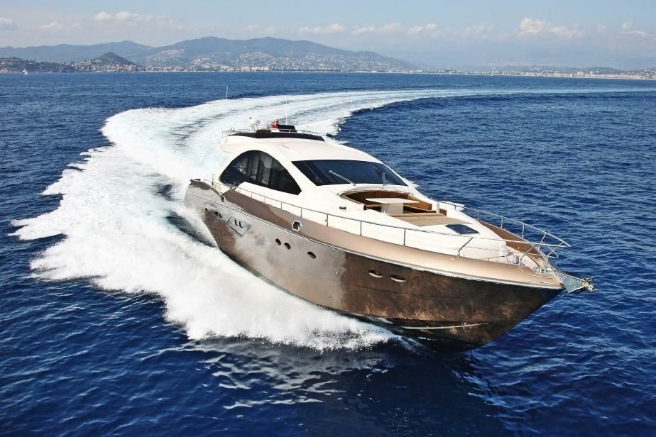 Motor 80 0 Queens Boat Rental In Nice 7650 Sailo
