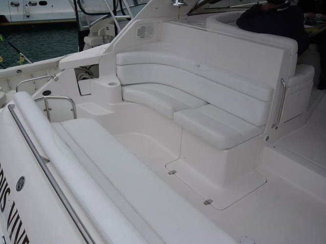 Motor yacht boat for rent in Alimos