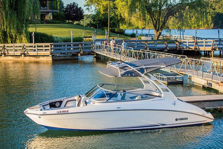 2016 Yamaha 24' speed boat, Bowrider in Dana Point
