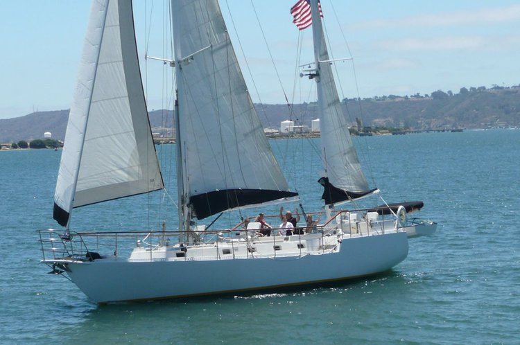 Custom's 55.0 feet in San Diego