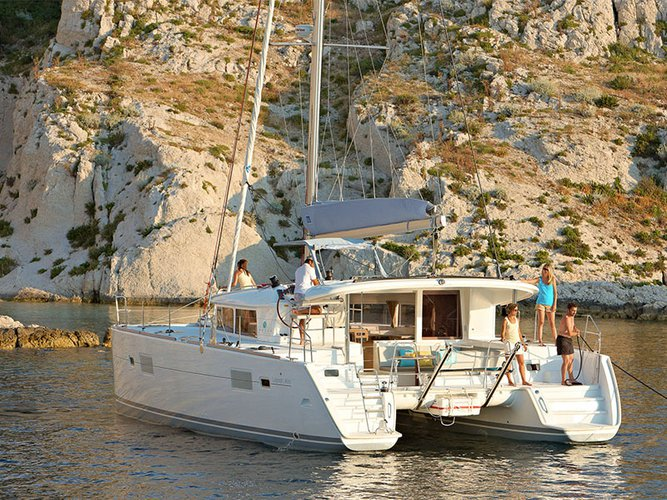 Boat for rent Lagoon 40.0 feet in Alimos, Athens, Greece, Greece