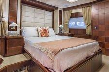 thumbnail-22 Azimut 85.0 feet, boat for rent in Miami,