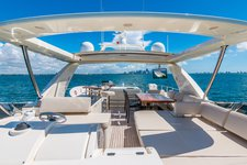 thumbnail-4 Azimut 85.0 feet, boat for rent in Miami,