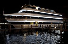 Rent this luxurious yacht in Florida