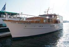 Enjoy the classic 1950s mini-style yacht in Marina Del Ray