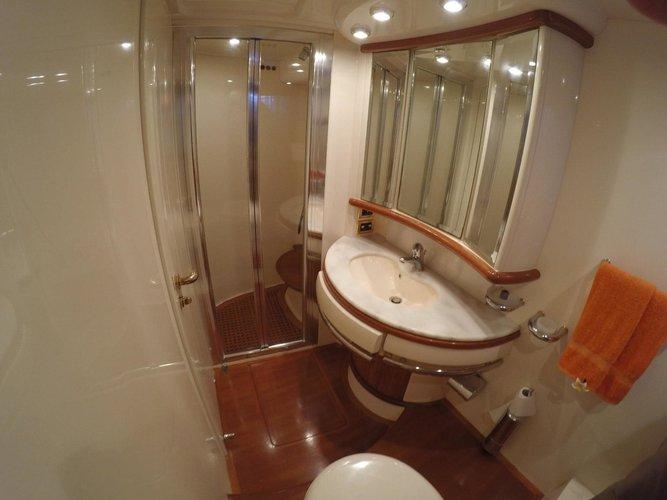 Motor yacht boat for rent in Dubrovnik region