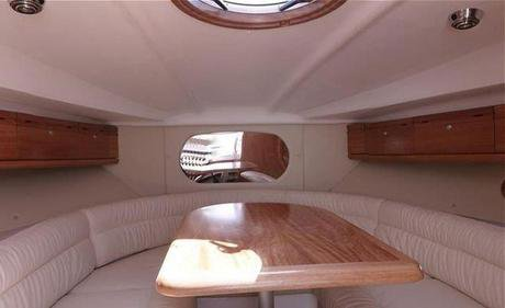 This 29.0' Bavaria Yachtbau cand take up to 4 passengers around Split region