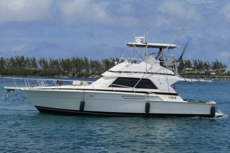 Boating is fun with a Performance fishing in Nassau