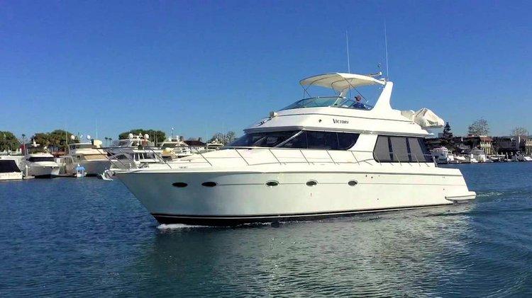 Explore San Diego onboard 53' Carver Voyager