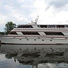 Boating is fun with a Motor yacht in Freeport