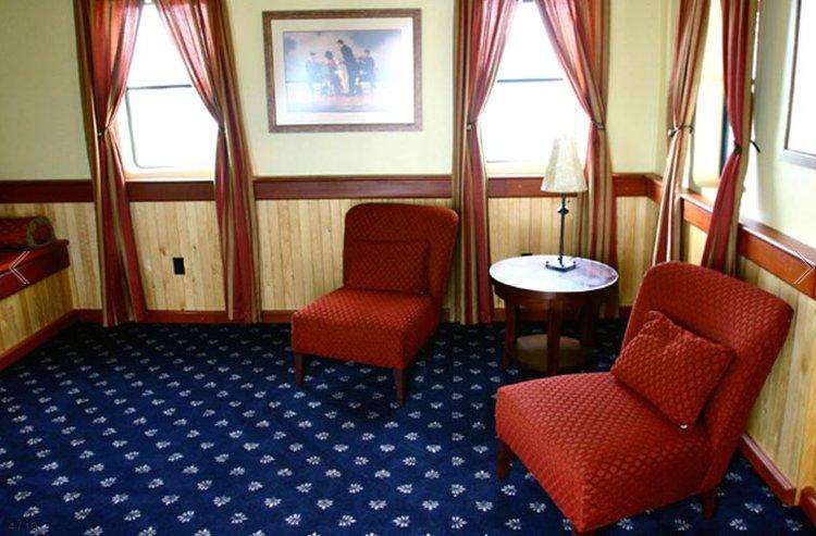 Motor yacht boat rental in Boston, MA