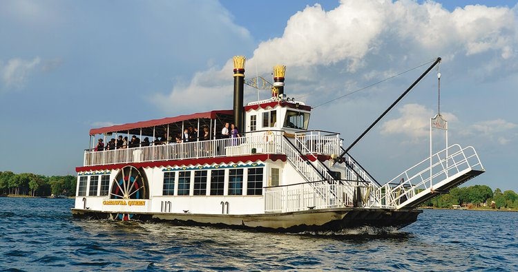 Enjoy cruising in Mooresville, North Carolina onboard this classic yacht