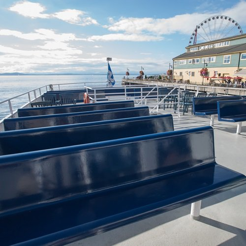 This 111.0' Custom cand take up to 150 passengers around Seattle