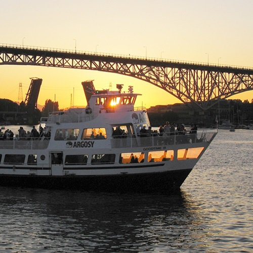 Boat rental in Seattle, WA