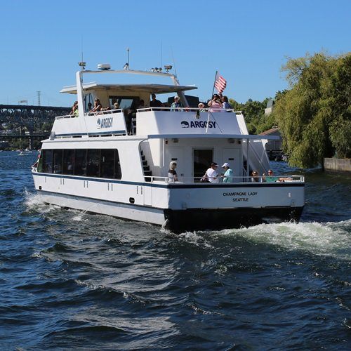 Up to 60 persons can enjoy a ride on this Motor yacht boat