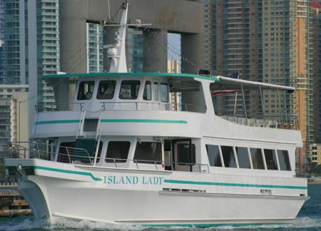 Rent this perfect mid-sized party yacht in Miami