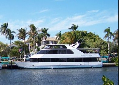 Explore Florida onboard 90' luxurious motor yacht
