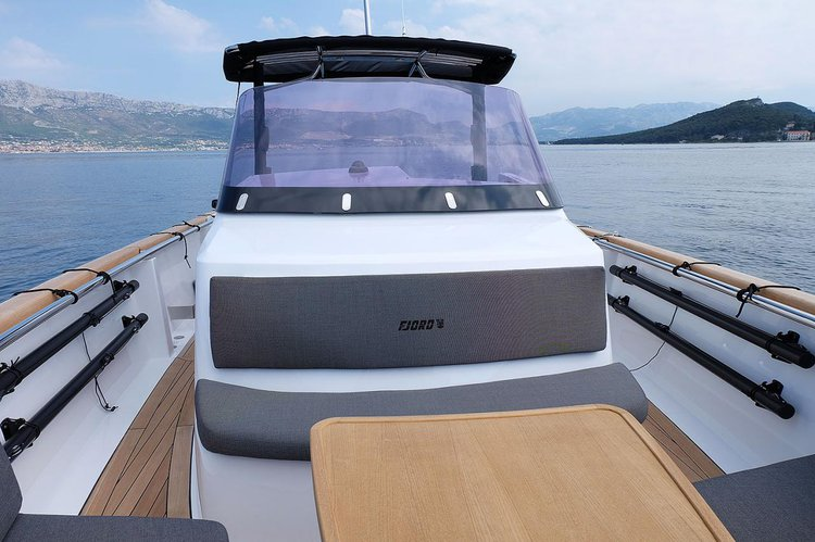 Discover Split region surroundings on this Fjord 36 Open Fjord Boats boat