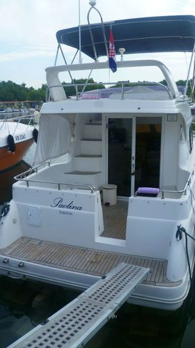 Discover Šibenik region surroundings on this Galeon 280 Fly Galeon Boats boat