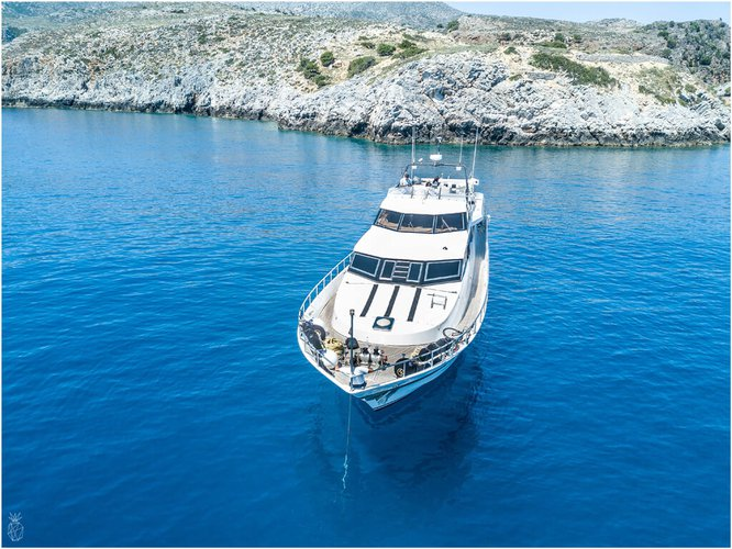This 85.0' ITALY cand take up to 25 passengers around Piraeus