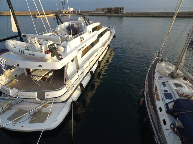 Boat for rent ITALY 85.0 feet in Marina Zea, Greece