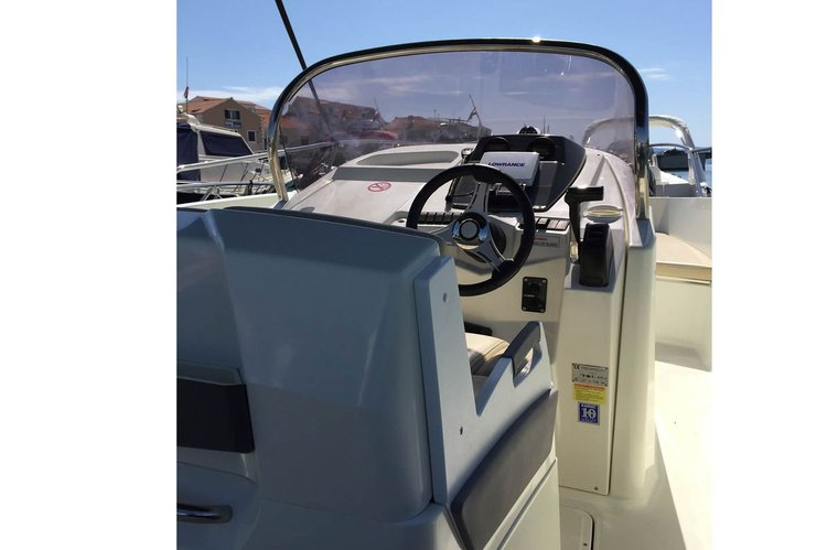 Boat for rent Karnic 22.51 feet in Trogir, Croatia