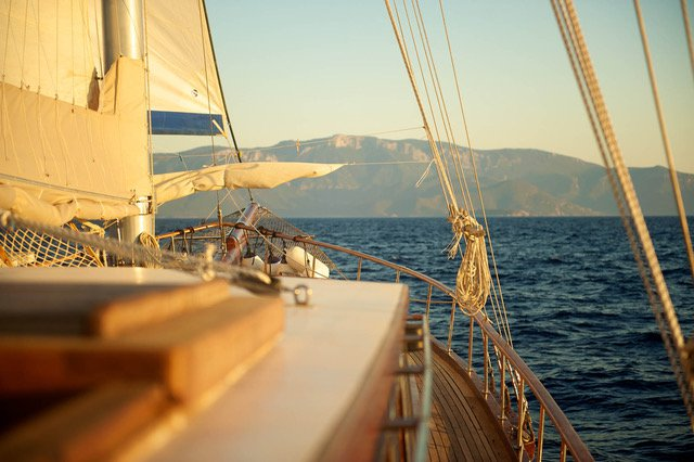 Custom Made's 88.0 feet in Saronic Gulf