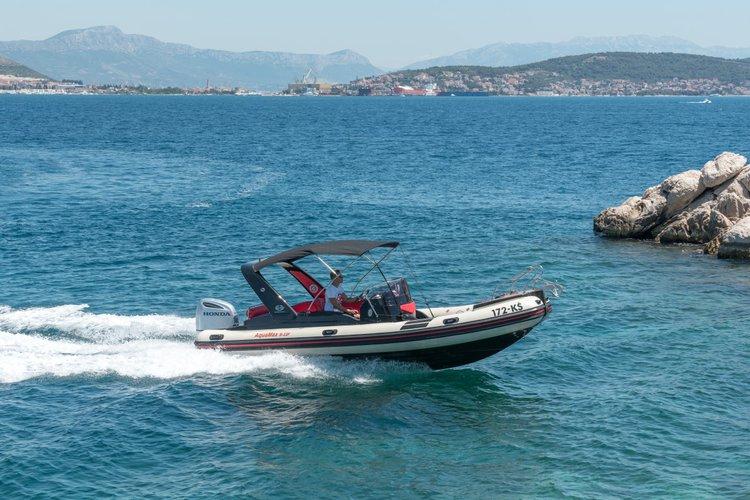 24.0 feet Inmark Marine in great shape